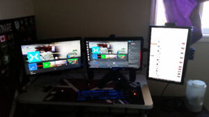 Triple LCD Monitor Setup