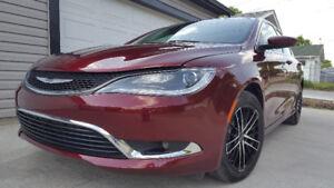 Chrysler 200 31.000km full ext. $11.500