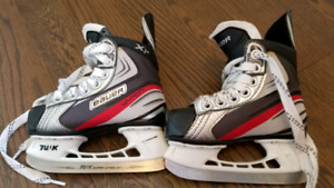 Bauer Size 9 Youth Skates