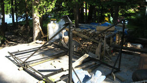 NEED GONE NOW!! CANTILEVER BOAT LIFT IN BUCKHORN 519-535-2253 Kawartha Lakes Peterborough Area image 3