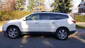 Chevrolet Traverse 2010 LTZ Full