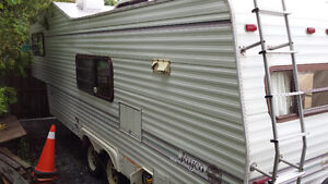 SOLD PPU-28' Jayco 5th Wheel Camper Trailer