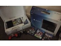 Ps4 mint condition cheap boxed 4 games 2 controllers