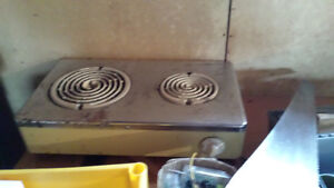 2 BURNER ELECTRIC PLATE reduced price