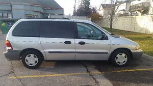 2002 Ford Windstar XL extended Minivan, Van