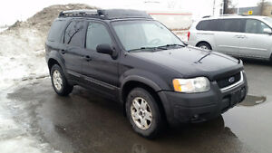 2003 Ford Escape XLT!!!!! (4x4)
