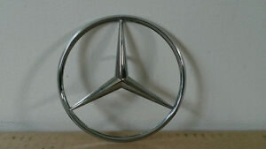 Mercedes Benz Trunk Star Bolt on Emblem London Ontario image 1