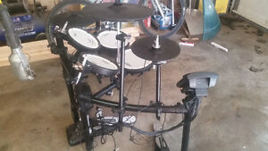 Roland TD-11K V-Compact Kit with Stand