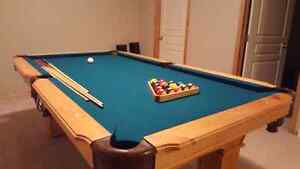 LIKE NEW CONDITION! POOL TABLE FOR SALE!