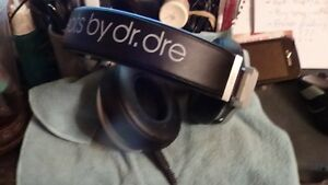 """Beats by Dr. Dre """"Pro"""" active noise cancelling headphones PLUS Cornwall Ontario image 2"""