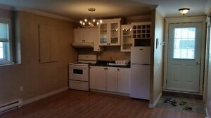 Beautiful One Bedroom Apartment available Feb 15, 2016