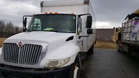 2007 International 4300 Straight truck with TailGate