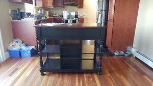 Country look kitchen island
