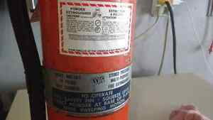 10 lb fire extinguishers Kitchener / Waterloo Kitchener Area image 4