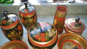 Spectacular vintage set of Russian Khokhloma hand-painted wooden West Island Greater Montréal image 2