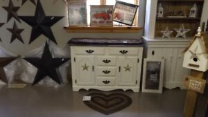 OLD WHITE 5 DRAWER BUFFET