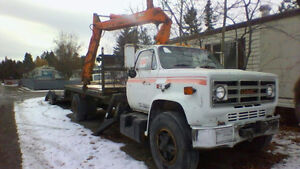 GMC 7000 Heavy Duty Picker Truck