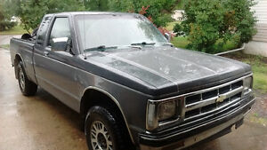 1993 Chevrolet S-10 4X4 TAHOE SHORTBOX EXTENDED CAB