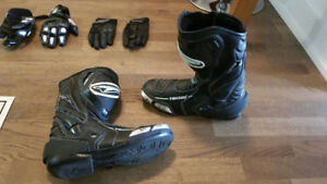 Teknic Motorcycle Boots Size 10, barely used