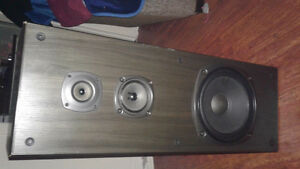 For sale kenwood receiver pair of kenwood  speakers old school Kitchener / Waterloo Kitchener Area image 3
