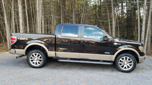 2014 Ford F-150 King Ranch Crew Cab Loaded Only 70,000 km!!!