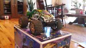 4X4 RC gas powered