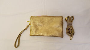 New Gold handbag with shoulder strap