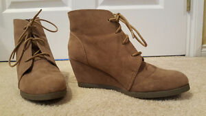 Size 8 Women's Ankle Wedge Boots