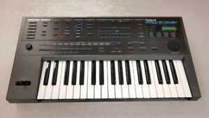 Vintage Roland Pro-E Intelligent Arranger Keyboard