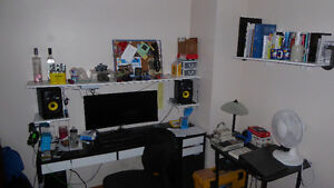 All inclusive for students, close to UW and shopping Kitchener / Waterloo Kitchener Area image 3