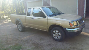 1998 Nissan Truck need gone.