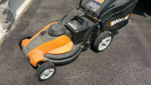 WORX WG787 Electric Battery Lawnmower - Battery Need Replacing