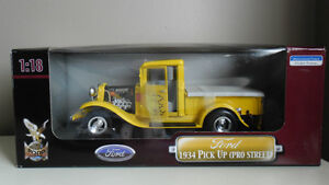 Ford 1934 Pick Up (Pro Street) 1:18 Die Cast Collectible YatMing