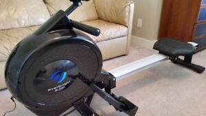Everbright R200 rowing machine rower erg