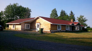House for sale! beautifull property with horse stable,guesshouse