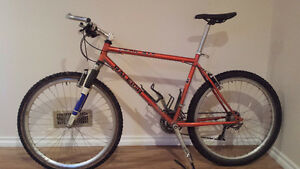 Raleigh bike.was 2200$ +tx new