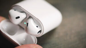 AMAZING SALE ON APPLE WIRELESS AIR POD & OTHER BRAND AIRPODS