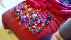 Collection of skylanders (33) with carry bag