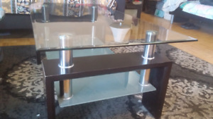 COFFEE/CENTRE TABLE.Glass & Wood Construction. Strong & Durable.