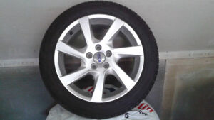 "tire/pneus 17"" michelin 4 saison(A+ condition) et Mag volvo"