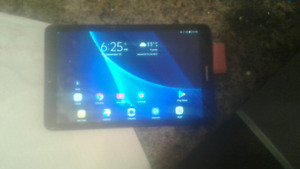 Selling Galaxy Tab E (With charger and cable!)