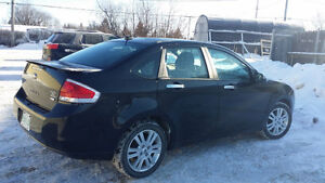 2011 Ford Focus SEL       REDUCED!!!