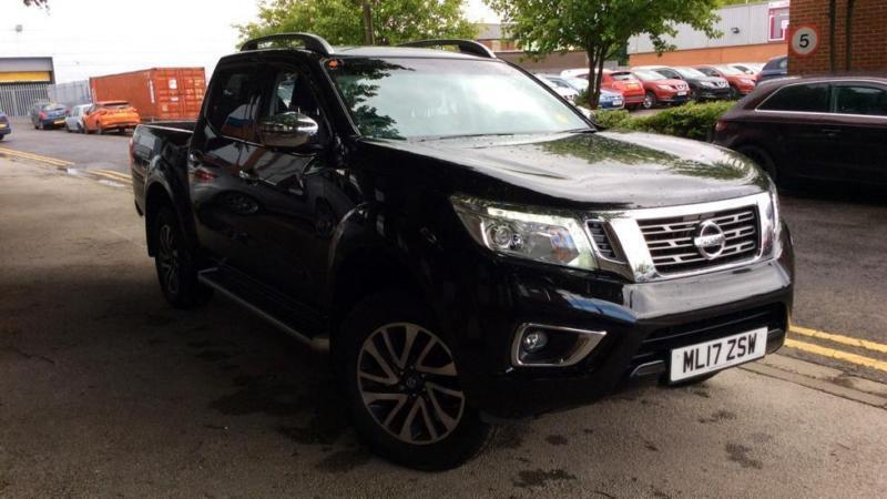 2017 Nissan Navara NP300 DOUBLE CAB PICKUP TEKNA Automatic Diesel