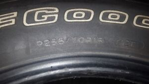PNEU TIRE BF GOODRICH P255 70 R18  RUGGGED TERRAIN. P255 70 18