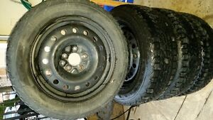 205/60R16 Winter force tire with Rim good condition