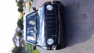 2008 Jeep Patriot 4x4 -2.4L, negotiable
