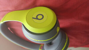 Wireless bluetooth beats for sale 150$