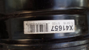 Steel wheels- great for winter tires, 5 bolt, fits many vehicles Peterborough Peterborough Area image 3
