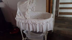 Bassinet Very Good condition.