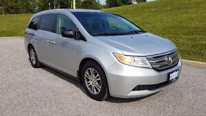 2011 Honda Odyssey EX-L w/RES | DVD | ROOF | LEATHER | PWR DOORS
